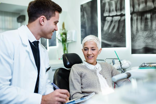 What Happens During A Visit With A General Dentist?